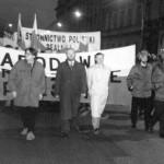 Lata walk ulicznych: Pierwsze marsze nacjonalistów w stolicy z okazji 11 listopada